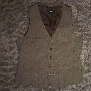 Brown vest size 38R